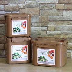 Premium Kimchi, Sauerkraut Fermentation Container with Inner Vacuum Lid - 1.6 Gallon (6.4L)