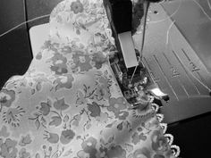 The Makers' Journal: HOW TO attach lingerie elastic