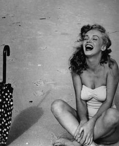 These beach pics of Norma Jean are my fave!!!!