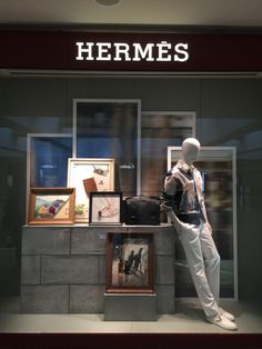 LK By Lincoln Keung - HERMES Window Display - PACIFIC PLACE - Hong Kong