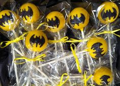 Batman Cakepops I want to make these for Paul