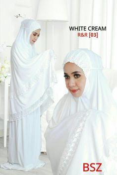 Islamic Prayer, Islamic Gifts, Tudung Shawl, Hijab Tutorial, Abayas, Hijabs, Sewing Projects For Beginners, Hijab Outfit, Muslim Women