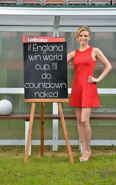 Rachel Riley – Ladbrokes Promo's June 2014 Rachel Riley Legs, Racheal Riley, Celebrity Photos, Celebrity Style, Tv Girls, Tv Presenters, Nice Legs, Dress And Heels, Beauty Women