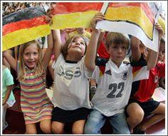 german kids Bonn Germany, Kids Around The World, Ronald Mcdonald, Kiss, Kisses, A Kiss