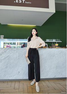 Korean Fashion Office, Korean Fashion Dress, Korean Fashion Casual, Ulzzang Fashion, Korean Street Fashion, Kpop Fashion Outfits, Asian Fashion, Fashion Models, Women's Fashion