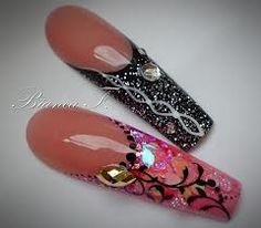 ♡Nail Art.  //Yikes!!  Daggers, I love long nails but there's a limit too me EL//