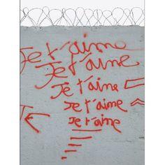 Claude Lévêque - Nevers let love in - 2009 et 2012 - artistswhodothings