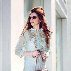 Agha Noor officially at Saiqa Nasim Couture 129 Ilford lane Ilford Essex Ig12RN ahganoor#indianbrides#london#ilfordlane#shortjackets#zariwork#shortjackets#weddings#capes#indianbrides#pakistanibrides#heavy. by saiqa_nasim_couture