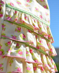 Farbenmix's KIM pant pattern. Sweet ruffles on the back leg.