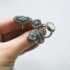 Pandora rings #pandora #pandorarings #pandoraring #pandorasetrings ©pandora_my_charms