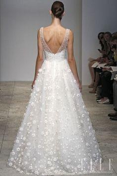 Weddbook ♥ #wedding # wedding dress