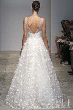 Weddbook ♥ #wedding # wedding dress
