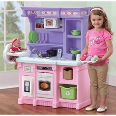 Pretend play kitchen set even has an attractive granite-look counter top, plate rack and storage shelf. Fun feminine colors give this kitchen playset for girls an attractive look that will pair seamlessly with your playroom decor. Kids Play Kitchen, Real Kitchen, Toy Kitchen, Play Kitchens, Toddler Kitchen, Smart Kitchen, Kitchen Dining, Dining Bench, Kitchen Decor