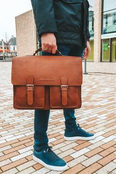 Quality over quantity - who's with us? 🙌 #TheChesterfieldBrand #chesterfieldbags #mychesterfieldbag #leather #leatherbusinessbag #businessbag #werktas #Aktentaschen #lerentas #brand #brandspirit #autumn #success #nature #Urban #coffee #coffeelover #start #positief #zon #happy #Assen #ootd #motivationalquote #honouryoursuccess #positivity #fall #Idaho Leather Laptop Bag, Laptop Bags, Leather Briefcase, Leather Bag, The Ch, Briefcases, Chesterfield, Autumn, Fall