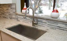 Für ein elegantes Finish empfehlen wir #Granit #Fensterbänke, die für wahre Design-Akzente sorgen.  http://www.granit-deutschland.net/granit-fensterbanke
