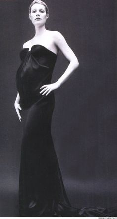 """This is a gorgeous photo - a pregnant Gwyneth Paltrow, shot by Bryan Adams for his book """"American Women""""."""