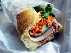 Bon Appetit: The Iconic Sandwiches of the World, From Banh Mi to Zapiekanka Vietnamese Sandwich, Vietnamese Recipes, Asian Recipes, Vietnamese Food, Sandwiches, Bagels, Pickled Carrots, Cooking On A Budget, Gastronomia