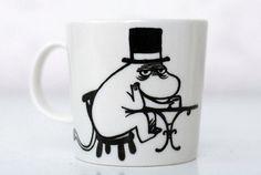 Muumipappa krapulassa. Tove Jansson, Man Cave, Fan Art, Tableware, Cups, Dinnerware, Mugs, Tablewares, Dishes