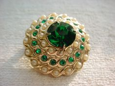 Gorgeous brooch by Coro ~