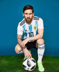 Lionel Messi only seems like the least interesting man in the world. Listen closely and his silence speaks louder than most athletes' shouts. God Of Football, Football Memes, Football Soccer, Football Stuff, Soccer Tips, Adidas Football, Nike Soccer, Soccer Cleats, Messi Argentina 2018