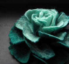 Handmade flowers! Love!