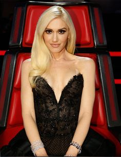 Gwen Stefani's first look on The Voice finale was a Lorena Sarbu LBD.Styled by #RandM.