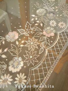 製作中 の画像 オートクチュール刺繍 Yukari Iwashita