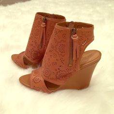 True Religion Wedges