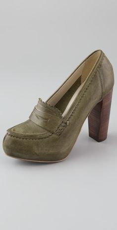 Love these loafer pumps!