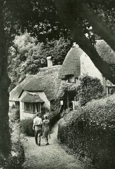 English cottage 1935.
