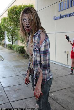 Awesome zombie cosplay girl. (Weird, my husbands cousin just popped up on pinterest randomly!)