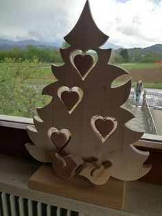 The Most Amazing Woodworking Plans, Ideas, Projects, Tips, Jigs and Crafts Christmas Wood Crafts, Woodland Christmas, Christmas Signs, Christmas Projects, Christmas Time, New Years Decorations, Christmas Decorations, Christmas Ornaments, Holiday Decor