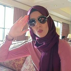 81 Best queen froggy images in 2019 | Queen, Youtubers, Hijab Fashion