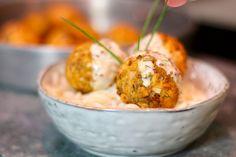 Boulettes de saumon sauce légère au citron via @hervecuisine
