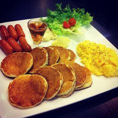 "@renaldpoh's photo: ""#foodporn #foodpwn #littlepancakes"""