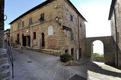 Walking in Montecastelli Pisano - Tuscany #volterratur