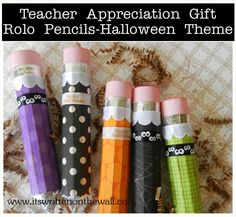 (Freebie) Halloween Teacher Appreciation Gift-Rolo Pencil in a Halloween Design. Get our free tags. www.itswrittenonthewall.com