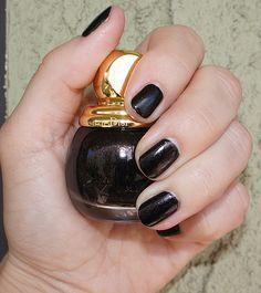Dior Diorific Diva 901 nail polish #manucure #nails #Dior