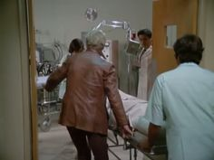 Starsky and Hutch (1975 - Starsky is fighting for his life)
