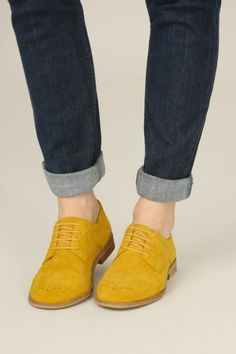 Seasalt & Blackfish Brogue Meersalz & Blackfish Brogue The post Meersalz & Blackfish Brogue & Schuhe appeared first on Mustard yellow . Sock Shoes, Cute Shoes, Me Too Shoes, Shoe Boots, Women's Shoes, Yellow Shoes Outfit, Dress Shoes, Brogues Womens, Leather Brogues