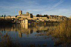 Que disfrutéis del #findesemana y de nuestra #románica ciudad.  ¡Nos vemos el lunes!  www.romanicozamora.es