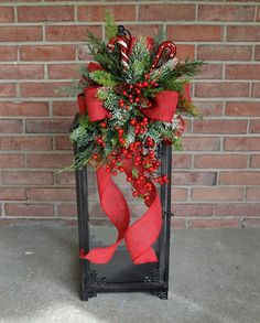 Trying to define what elegant Christmas decorations are can be quite difficult. It's one of those things that is hard … Christmas Planters, Christmas Swags, Christmas Mom, Christmas Crafts, Christmas Christmas, Xmas, Elegant Christmas Decor, Outdoor Christmas Decorations, Rustic Christmas