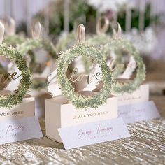 Love Wreath Favor Box with Ribbon