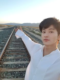 mark lee highway to heaven selca Mark Lee, Taeyong, Jaehyun, Winwin, K Pop, Grupo Nct, Kim Dong Young, Nct 127 Mark, Selca