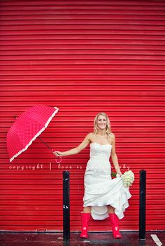 Umbrellas are unforgettable at weddings and events. Find them for rent and/or sale at splendorforyourguests.com ! Splendor for Your Guests | Rental Company | Weddings | Events | Shawls | Blankets | Umbrellas | Parasols | Fans