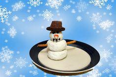 Donut snowman - such an easy kids #Christmas #craft!