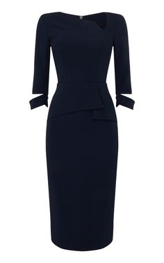 Dunne sleeve pencil dress in navy - buy online. Shop the Roland Mouret Pre Fall 2018 Collection now. Classy Dress, Classy Outfits, Stylish Outfits, Fashion Outfits, Vintage Dresses, Nice Dresses, Dresses For Work, Formal Dresses, Black Women Fashion
