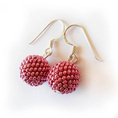 Metal Pink Beads Earrings with Sterling Silver hopos perfect for a valentine outfit by dicopebisuteria