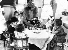 Queen Elizabeth visiting children in hospital, London, 13 October 1938. Tea party ideas