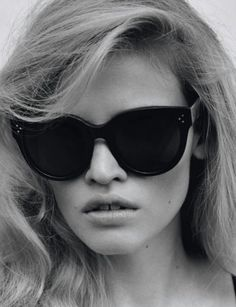 big, black #Zienrs #Glasses #brillen